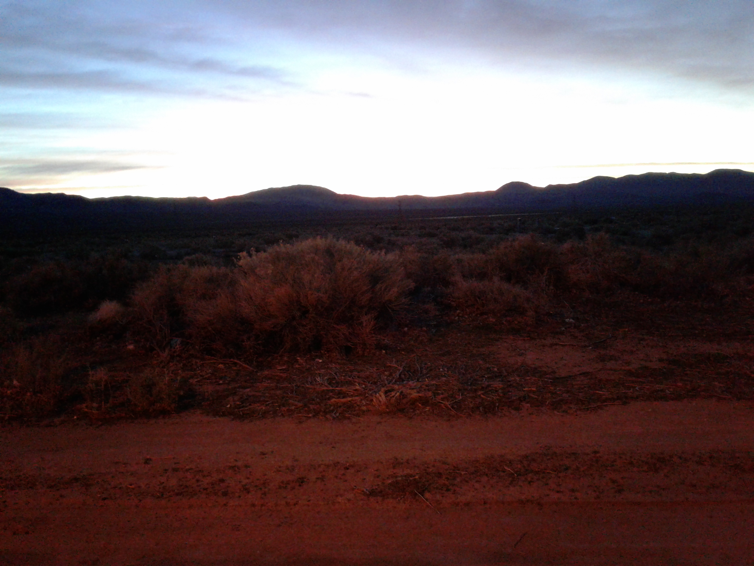 02 - Sunrise at Coso Junction rest stop 2017-03-10