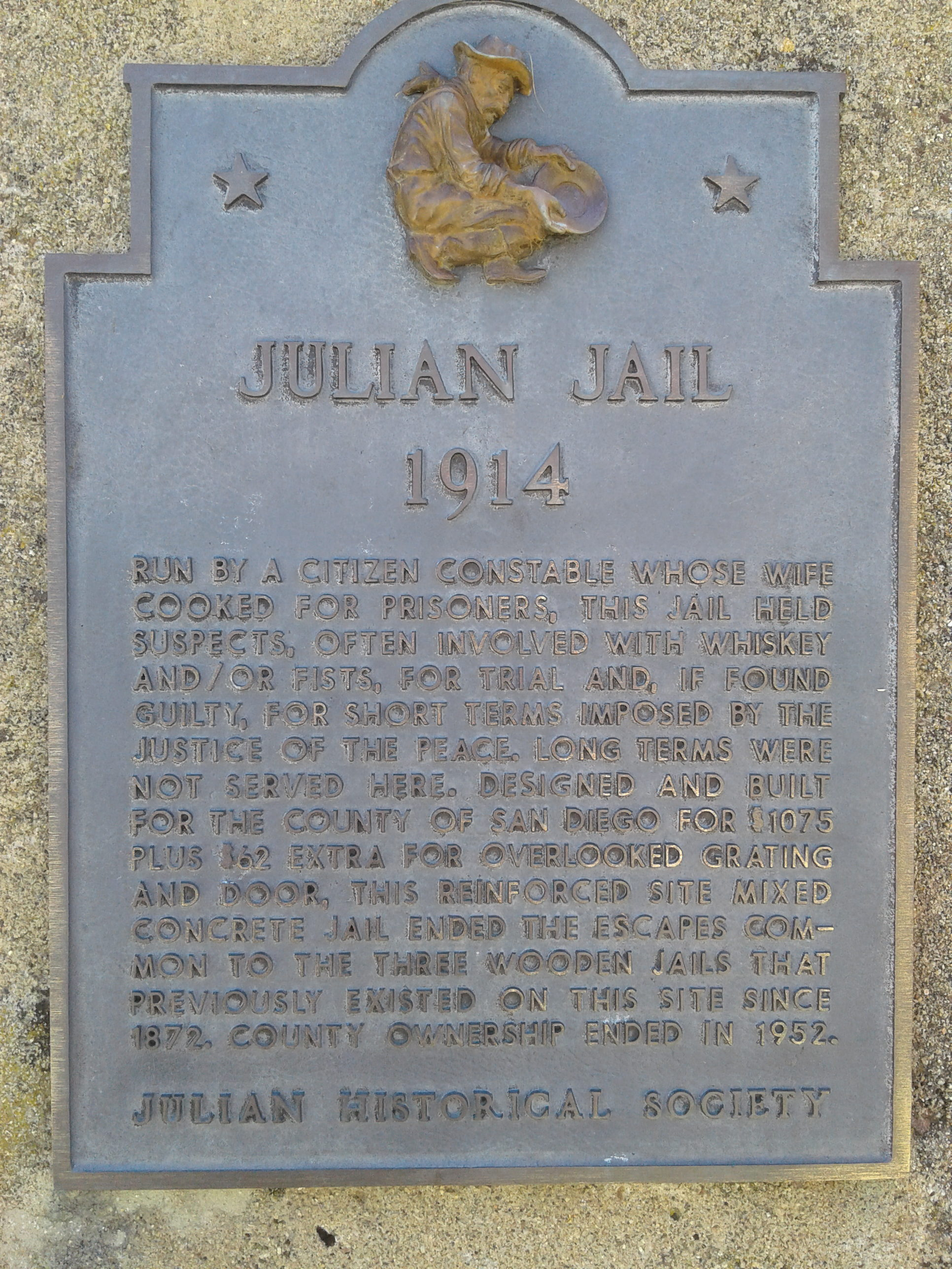 06 - Julian jail 1914 plaque